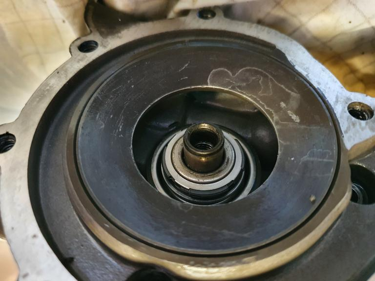 K75 Engine squeak on idle when hot Index.php?action=dlattach;topic=12982
